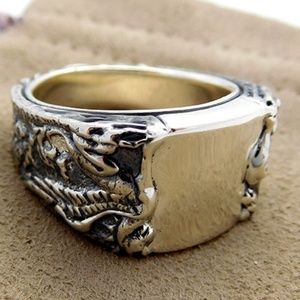 David Yurman Petrvs Griffin Signet Ring, size 9